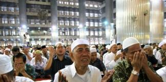 plac dzamija indonezija main mirnes kovac