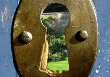 keyhole 02