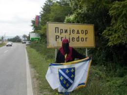 Ponosna muslimanka i zlatni ljiljani na zemlji bosanskoj u RS-u