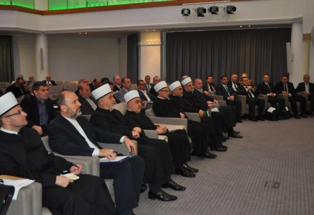 """Muftije """"izbačene"""" iz Rijaseta IZ BiH"""
