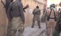 Borci Idiša na ulicama kurdskog grada Kobane