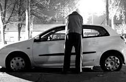 Ko zna odgovor zašto je u prvih šest mjeseci 2014. u FBiH ukradeno 623 automobila, a u RS-u samo 62?