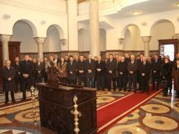 Srbi se ne stide svoje vjere: Dodik i srpski poslanici u parlamentu RS-a položili zakletvu u crkvi