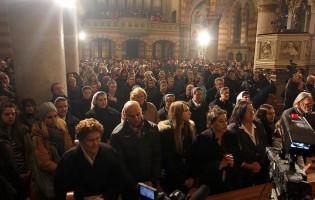 Večeras će Bošnjaci muslimani pohrliti u sarajevsku katedralu na ponoćku
