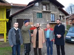VIDEO: Počinje izgradnja kuće porodici kojoj je kuća uništena u klizištu