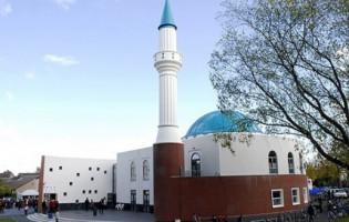 Zapaljena džamija u Švedskoj za božić: Povrijeđeno pet osoba