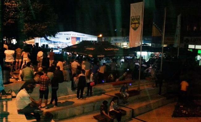 Festivalsko opijanje u centru Goražda, točeno pivo glavni hit