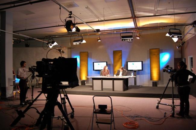 Dok se u Bošnjaka svako sa svakim svađa, 55 hrvatskih privrednika osniva TV na svom jeziku