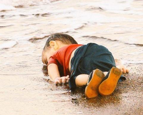 Najtužnija slika dana: Mališa iz Sirije nije ugledao svjetlo slobode