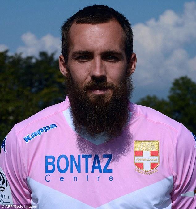 """Francuski fudbaler: """"Otjerali su me iz kluba misleći da sam džihadist"""""""