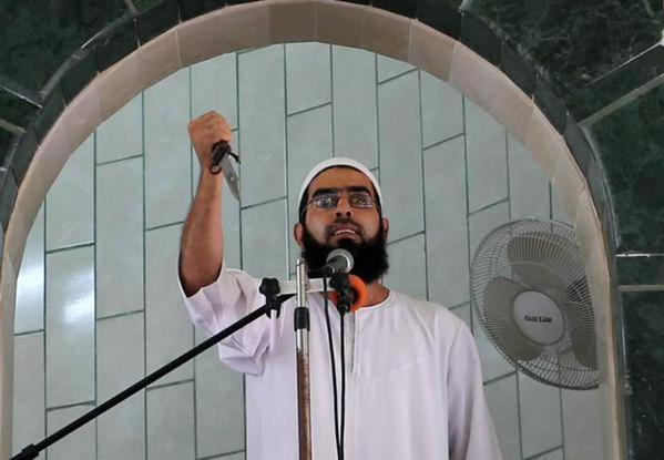 Gaza: Imam na hutbi držao nož i pozvao Palestince da napadaju Izraelce