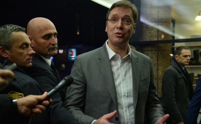 Ko govori istinu: Vučić u Sarajevo obećao da nema rata, Irinej u Nišu pozvao Srbe u rat protiv Kosova
