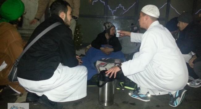 Pariz: Teroristi ubili i muslimanske volontere koji su tu noć dijelili hranu beskućnicima
