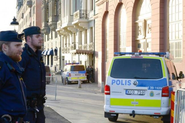 "Švedska: Nastavnik uhapšen jer je na Facebooku napisao: ""Baci muslimane u vatru i spasit ćeš se"""