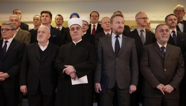 """Dr. Cerić povlači potpis sa """"Zajedničke izjave"""" o ekstremizmu ako se nastavi lov na muslimane"""