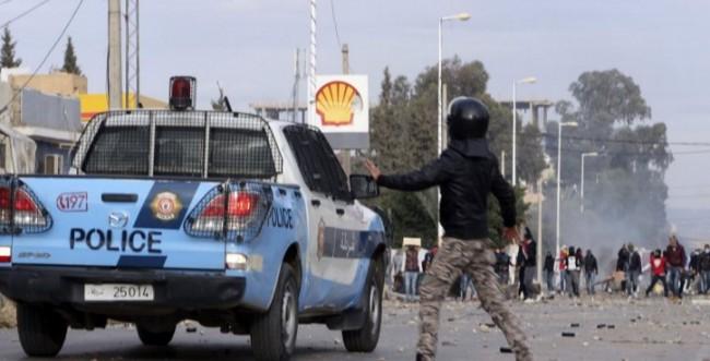 Veliki protesti: Tunis na rubu haosa