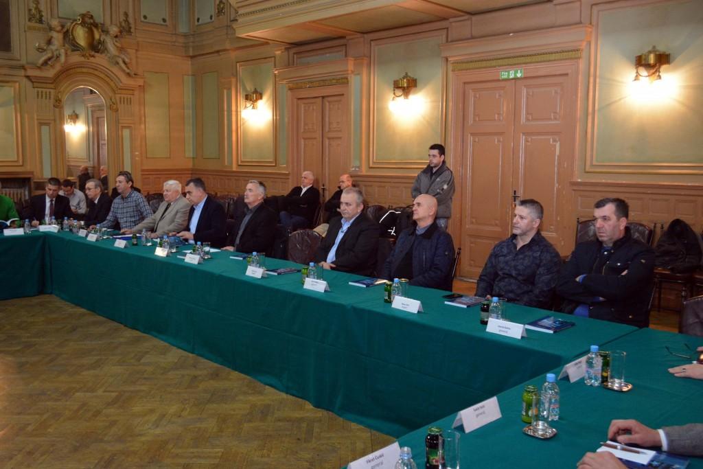 Sastanak ministra Bukvarevića sa starješinama korpusa i divizija Armije RBiH