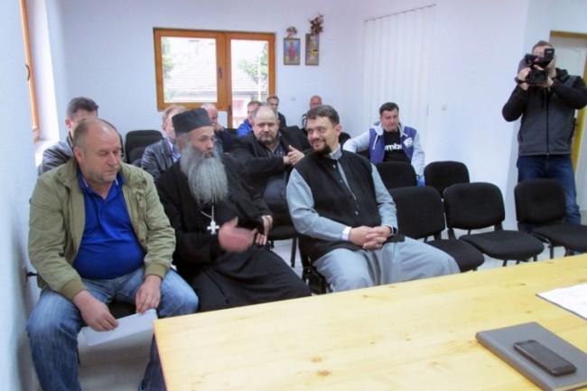 Srebrenica: Dok traje vika na reisa Kavazovića, Pravoslavna crkva predvodi organizaciju ujedinjenja Srba za izbore