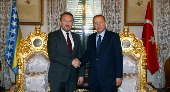Erdogan za TRT izrazio nadu da će Bakir Izetbegović riješiti pitanje Gulenove organizacije u BiH