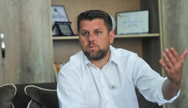 Duraković: Izborni inžinjering u Srebrenici, fiktivno  prijavljivanje  državljana Srbije