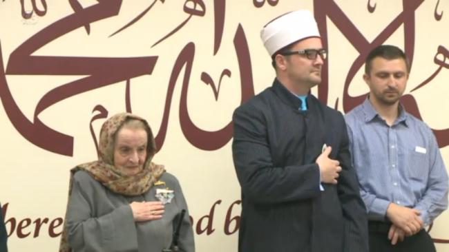 Madeleine Albright u bosanskoj džamiji u Iowi: Clinton je uvijek podržavala BiH