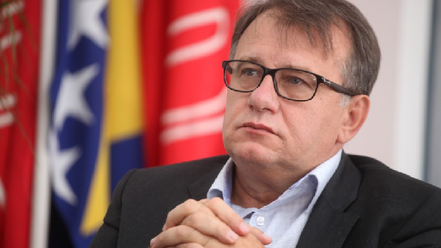 Nikšić : Stvorena je atmosfera kao da je sramota da tražimo pravdu, a njih nije sramota rehabilitirati Dražu Mihajlovića!