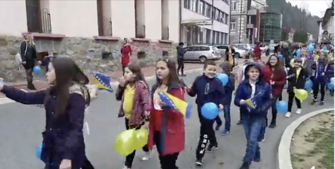 Defile kroz Srebrenicu povodom Dana državnosti BiH