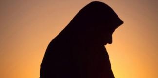 r-MUSLIM-WOMAN-911-large570