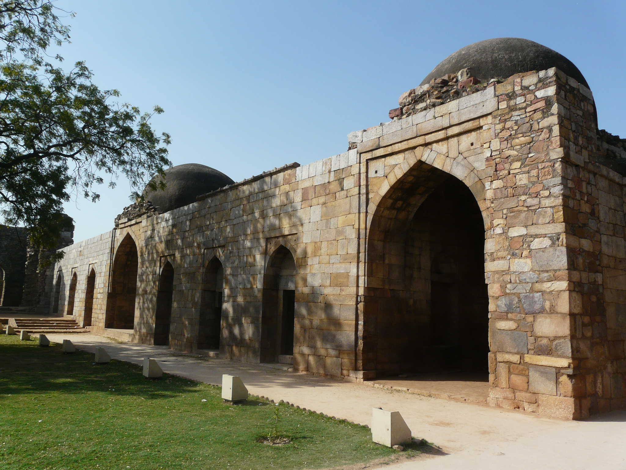 Alauddins Madrasa Qutb complex
