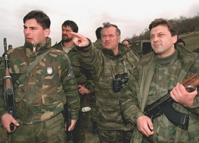 Srpska strategija odbrane zločinca Mladića: Daju mu alibi da je u vrijeme genocida bio na svadbi u Beogradu