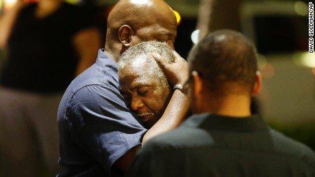 Za medije i policiju u Americi ovo nije terorizam: Bijelac ubio devet crnaca u crkvi