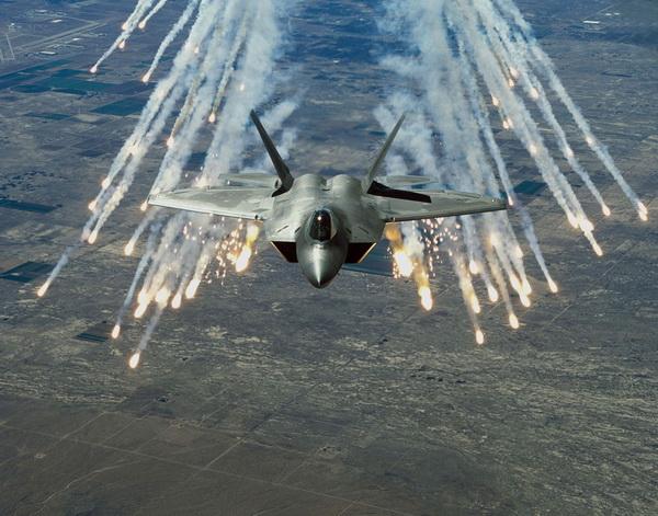 Thaer Almidani: Četiri dnevne smjene bombardovanja Sirije