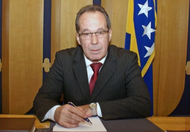 General Sifet Podžić: Pogriješio sam i stid me je što sam glasao za Poplašena!