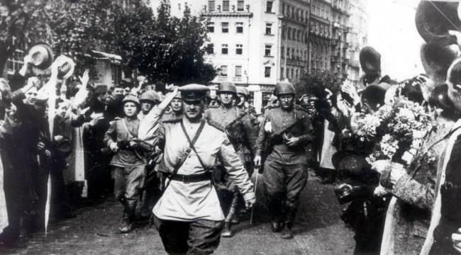 Šta su Rusi radili Srbima: Crvena armija krajem 1944. izvršila masovna silovanja srpskih žena i djevojaka