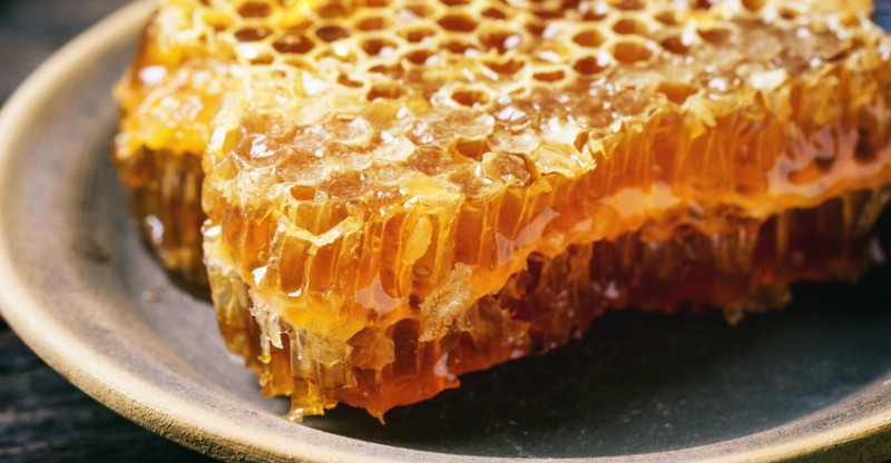 health-benefits-of-honey-800x416