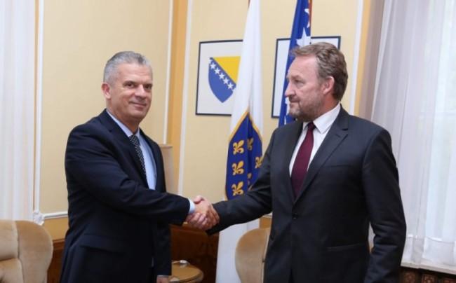 SDA će skupo platiti koaliciju sa Fahrudinom Radončićem
